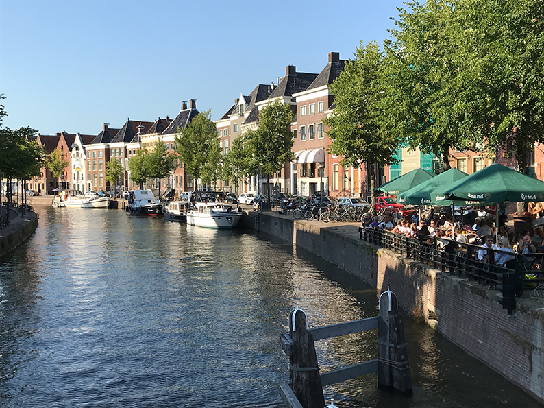 Groningen, Niederlande, Holland, Grachten, Harbour Café