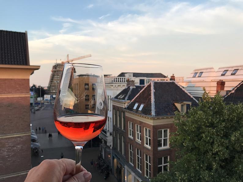 Groningen, Niederlande, Holland, Bar, Cappuvino