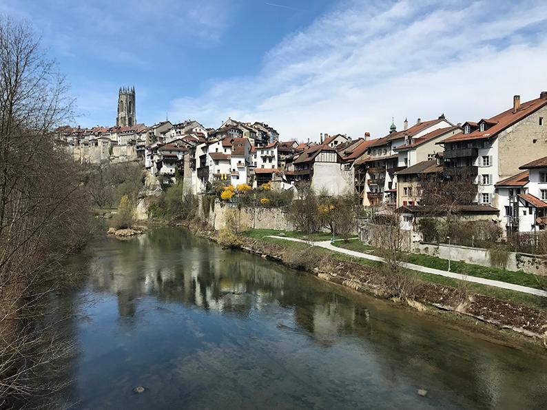 Fribourg, Freiburg, Schweiz, Café Hopping, Basse-Ville, Pont du Milieu