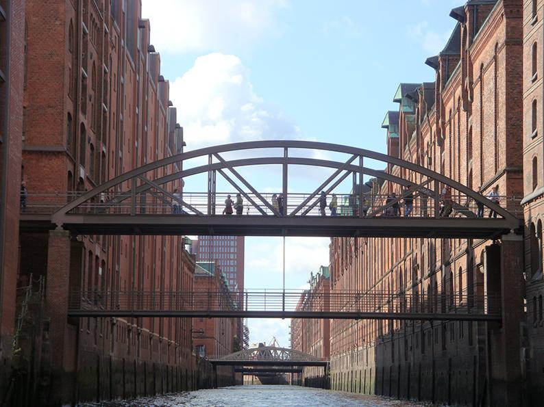 Hamburg, Sightseeing, Stadtrundfahrt, HVV, 111er, Deutschland, Speicherstadt