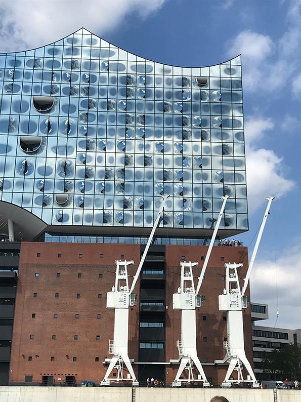 Hamburg, Sightseeing, Stadtrundfahrt, HVV, 111er, Deutschland, Elbphilharmonie