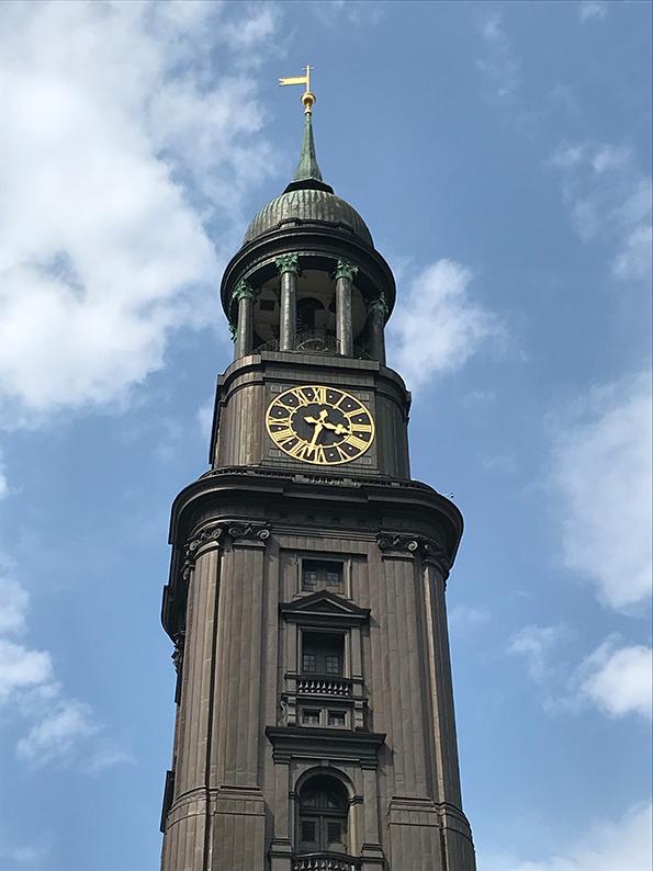 Hamburg, Sightseeing, Stadtrundfahrt, HVV, 111er, Deutschland, Michel